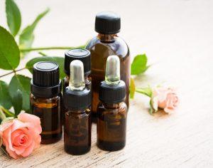Luonnolliset kasvoöljyt. Miten valita ihontyypille ja sen tarpeille sopiva öljy?